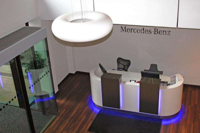 Mercedes-Benz Customer Assistance Center